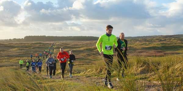 Adventurerun 2018: Runners in het veld